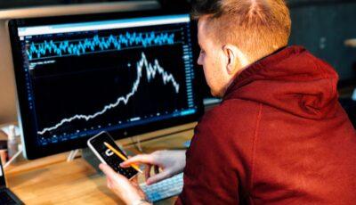 لماذا يعد المرشد ضروريًا للنجاح في تداول العملات في الفوركس؟
