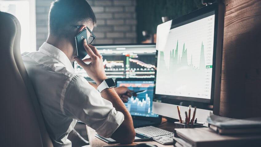 طريقة تداول الاسهم للمبتدئين: فتح الصفقات في سوق الاسهم