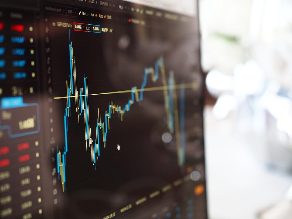 سوق الفوركس وسوق البورصة
